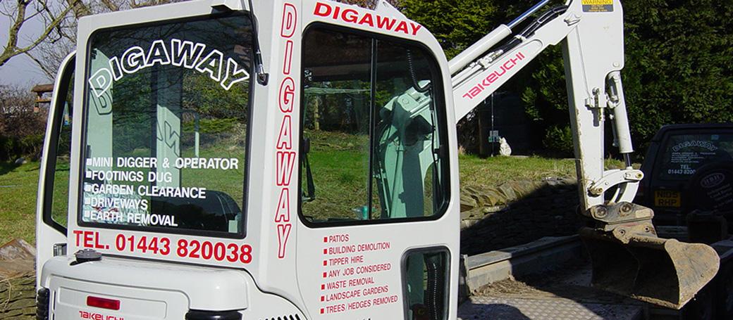 mini-digger-hire2